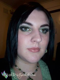 Makeup Monday - Green Smokey Look [Apr '10]