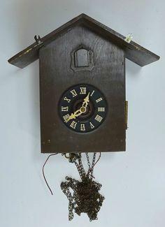 Vintage German Regula E. Schmeckenbecher 8 days cuckoo clock. Parts repair.