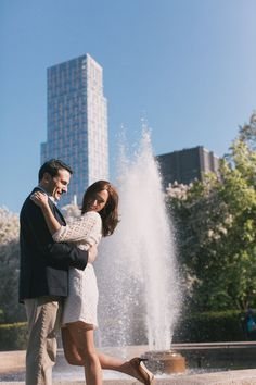 New York City Romantic Engagement  Photos by POPography.org
