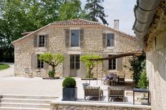 Shutter Colors, Provence France, Loft, Architecture, Decoration, Shutters, Old Houses, Sweet Home, Villa