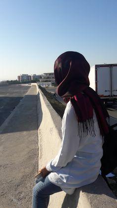 Hijab Style Dress, Hijab Chic, Hijab Outfit, Hijabi Girl, Girl Hijab, Cute Girl Pic, Stylish Girl Pic, Muslim Girls, Muslim Women