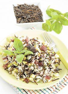 SALADE DE RIZ SAUVAGE AUX POMMES Un plat que l'on peut servir en entrée ou en accompagnement.