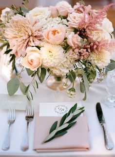 Blush Floral and Napkin Wedding