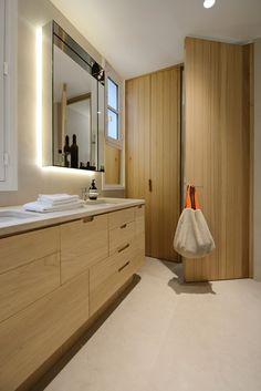 flat refurbishment – saint germain paris – lsl architects St Germain Paris, Saint Germain, Classic Bathroom, Refurbishment, Architects, Minimalism, Saints, Flat, Interior
