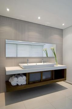 Image 15 of 30 from gallery of House Mosi / Nico van der Meulen Architects. Courtesy of Nico van der Meulen Architects Beautiful Bathrooms, Modern Bathroom, Small Bathroom, Family Bathroom, Bathroom Storage, Bad Inspiration, Bathroom Inspiration, Storey Homes, Bathroom Renos