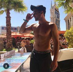 Cody Christian in Las Vegas - April 2018 Cody Christian, Beautiful Boys, Gorgeous Men, Pretty Boys, Teen Wolf Mtv, Teen Wolf Boys, Bad Boys, Meninos Teen Wolf, Dylan Sprayberry