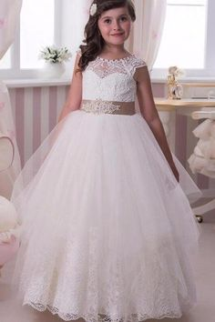 2017 Flower Girl Dresses Ball Gown Jewel -neck Cap Sleeve Tulle Appliques  Lace Button Back 69dacd7291c2