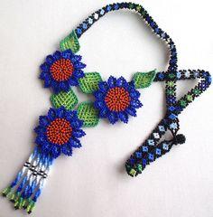 Huichol flowers necklace by Aramara on Etsy (www.etsy.com/uk/people/Aramara)