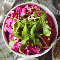 Beetroot, Kitchen Hacks, Bon Appetit, Cabbage, Salads, Food And Drink, Healthy Recipes, Healthy Food, Stuffed Peppers