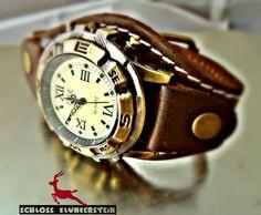 NAVIGATOR retro Armbanduhr braun Kompass Echtleder von Schloss Klunkerstein - Designer Schmuck Manufaktur & Armbanduhren für besondere Menschen. Naturschmuck, Geschenke, Vintage Raritäten mit Geschichte! auf DaWanda.com