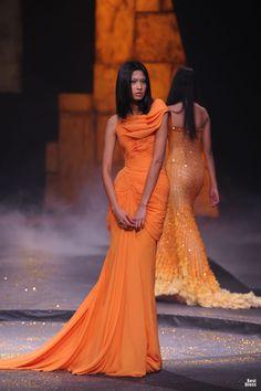 forlikeminded:  Michael Cinco  philipine-fashion-week spring/summer 2012
