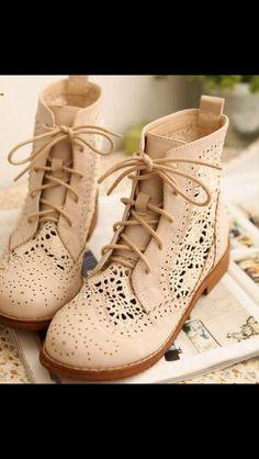 Crème colored lace print combat boots <3