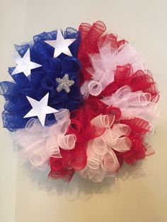 Patriotic Flag Deco Mesh Wreath by ditzynglitzydecomesh on Etsy