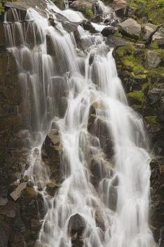 ✯ Waterfall Flowing Over Rocks - Washington