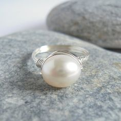 Oval White Freshwater Pearl Sterling Silver Ring by VinLace