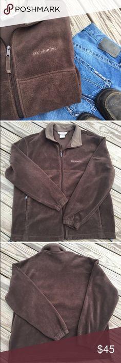 Men's ✨ Columbia zip up 🆕 Gorgeous chocolate brown ✨ full zip up sweatshirt ✨ zipper pocket on each side ✨ EUC ✨ pet/smoke free home and ships in 24 hours Columbia Shirts Sweatshirts & Hoodies