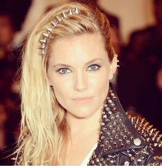 sienna miller  met museum fashion punk ball