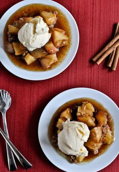 Crockpot Caramel Apple Crumble - the perfect set it and forget it fall dessert. I howsweeteats.com