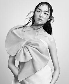 T Magazine China - A Moment Of Momentum.  April 2015.  Photography by Paola Kudacki.