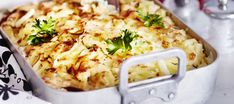 Broileri-savujuustokiusaus Egg Recipes, Chicken Recipes, Cooking Recipes, Food Inspiration, Poultry, Mashed Potatoes, Macaroni And Cheese, Food And Drink, Dinner