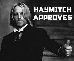 Oh I love Haymich! He was hilarious in Catching fire! im sending this picture to everyone who ever uses a good hunger games reference.