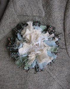raggy flower tut