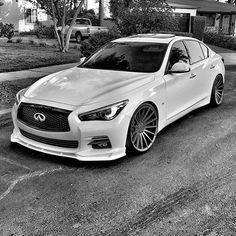 On my dream board.and got it Infiniti Or get a sporty car. Infiniti Q50 Red Sport, Nissan Infiniti, Supercars, Acura Nsx, Nissan Maxima, Sports Sedan, Japan Cars, Jdm Cars, Sexy Cars