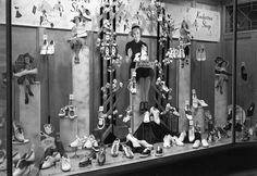 Andrews Shoes Window by Touchstones Nelson, via Flickr