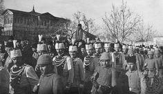 Sultan 2.. Abdulhamid in cenazesi Topkapı Sarayı 1. avlu 10 şubat 1918 _İstanbul