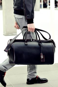 Digging the trend of matching shoe laces to the outfit - Dior Homme bag FW13