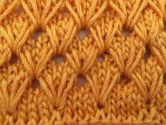 como tejer punto ruso related videos and comments Knitting Videos, Crochet Videos, Knitting Stitches, Baby Knitting, Lidia Crochet Tricot, Knit Crochet, Stitch Patterns, Knitting Patterns, Crochet Patterns