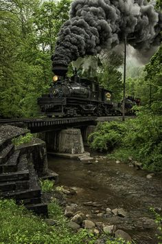 Shaw Steam Locomotive crossing a creek bridge in West Virginia. Locomotive Diesel, Steam Locomotive, Train Tracks, Train Rides, Train Miniature, Old Trains, Train Pictures, Steam Engine, Train Station