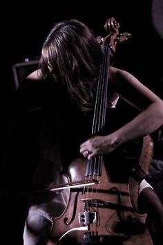 ♫♪ Music ♪♫ love the cello