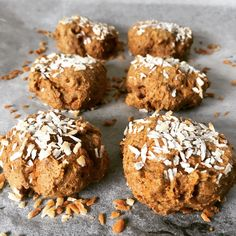 Carrot cake protein cookies