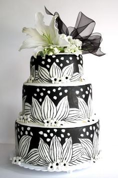 Hand Drawn Black & White Floral Cake