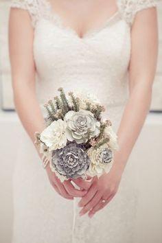 DIY Wedding Bouquet {Paper Bridal Flower Tutorial}   Confetti Daydreams