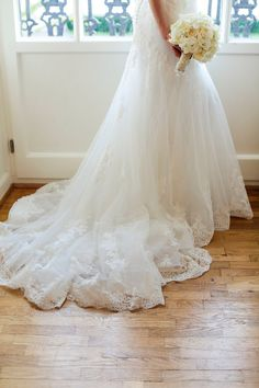 ZEITLOS und ELEGANT eine HOCHZEITSINSPIRATION im Schloss Biebrich #Christina_Eduard_Photography #Hochzeit #Schloss_Biebrich #elegante_Hochzeit #klassische_Hochzeit
