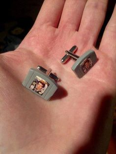 These are actually pretty frikkin' sweet N64 game cartridge cuff links