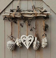 DIY - cottage seasonal decor - beautiful shabby chic Christmas decoration made with branches pine cones and other natural materials - Love this idea!!!!!!!!! #cottage_christmas_decor