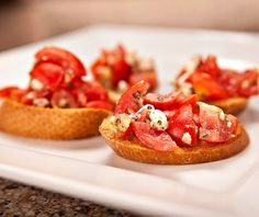 A tasty and easy diabetic recipe for bruschetta with feta cheese. Make it for your next dinner party (or regular Tuesday night dinner; it's that good). DiabeticLifestyle has many appetizer recipes that are healthy and good for people with type 1 diabetes or type 2 diabetes. Includes nutritional and diabetic exchange information.
