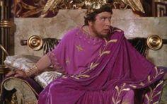 """Nerone: è vero che """"curava"""" la miopia con uno smeraldo? Nell'antica Roma gli occhiali non esistevano (sono un'invenzione del Medioevo), quindi chi aveva difetti visivi doveva rassegnarsi a conviverci. Sembra che l'Imperatore Nerone, molto miope, ave #merone #miopia"""