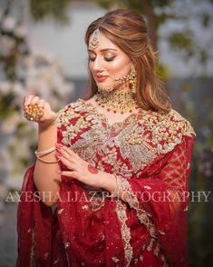 Pakistani Fashion Party Wear, Pakistani Bridal Makeup, Pakistani Wedding Outfits, Pakistani Dress Design, Stylish Girl Images, Stylish Girl Pic, Bridal Makeup Images, Beautiful Pakistani Dresses, Indian Wedding Photography Poses