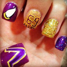 Viking Nails! Sunday Night Football. Sister Salon- Montana.