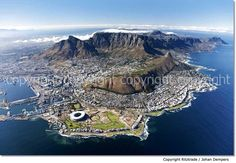 Amazing aerial view of Cape Town, South Africa Monuments, Cape Town Accommodation, Places To Travel, Places To Go, Travel Destinations, Le Cap, Aerial Images, Cape Town South Africa, Table Mountain