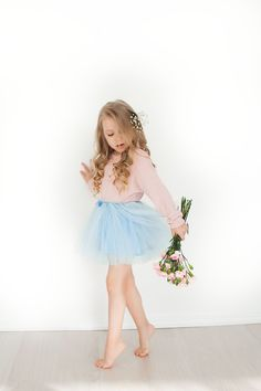 #Kids #flowers #spring #girl #fashion #beautiful  #красивая #девочка #весна #детская #мода #цветы #дети