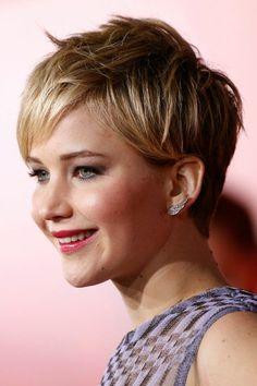 Jennifer Lawrence cheveux courts coupe garconne - EN IMAGES. Les 10 plus belles coiffures de 2013 - L'EXPRESS