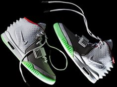 reputable site b23c5 b1aa9 Nike Air Yeezy 2 Wolf Grey Zen Grey Pure Platinum Detailed Look