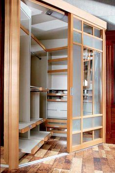 corner dressing room in 2020 Bedroom Closet Doors, Bedroom Closet Design, Closet Designs, Home Bedroom, Corner Closet, Corner Wardrobe, Bedroom Wardrobe, Room Corner, Dressing Room Decor