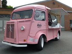 Mirlo's cupcakes, Citroen HY food truck
