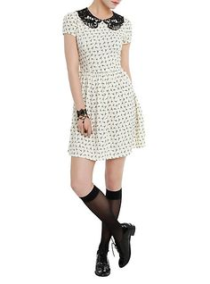 Penny Dreadful Scorpion Print Dress Pre-Order | Hot Topic